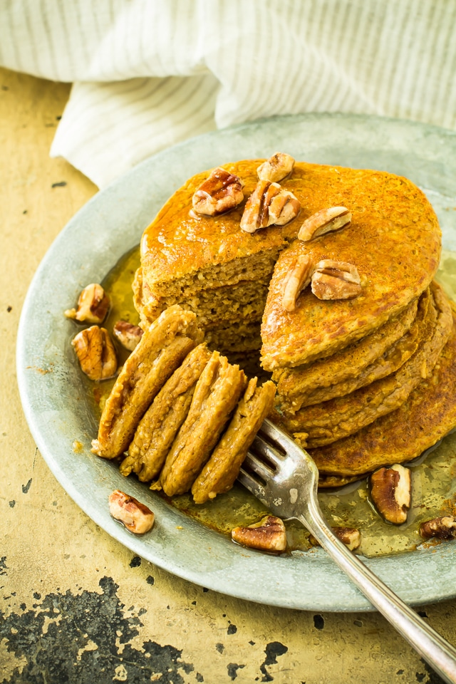Healthiest Pumpkin Oat Protein Pancakes - tender, fluffy pancakes that can be whipped in the blender. Healthy, simple and perfect for chilly fall mornings!