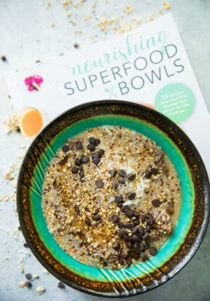 Coffee lovers rejoice! Take oatmeal to a whole new level of deliciousness with wholesome, yet decadent Midnight Mocha Oatmeal Bowls. This breakfast will make you excited to get out of bed in the morning! Vegan friendly, gluten-free, and packed with fiber, these oatmeal bowls make a perfect healthy and easy breakfast or snack!