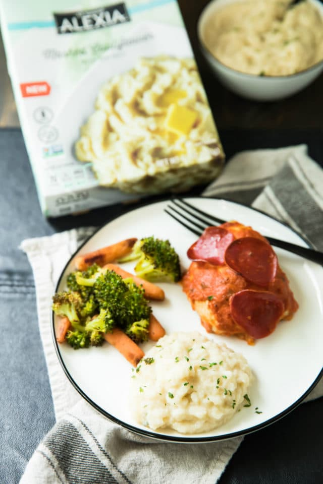 Pizza Stuffed Chicken With Mashed Cauliflower is a complete family-friendly meal with all the delicious flavors of pizza, but with extra protein from the chicken, and none of the empty calories/carbs from the crust!
