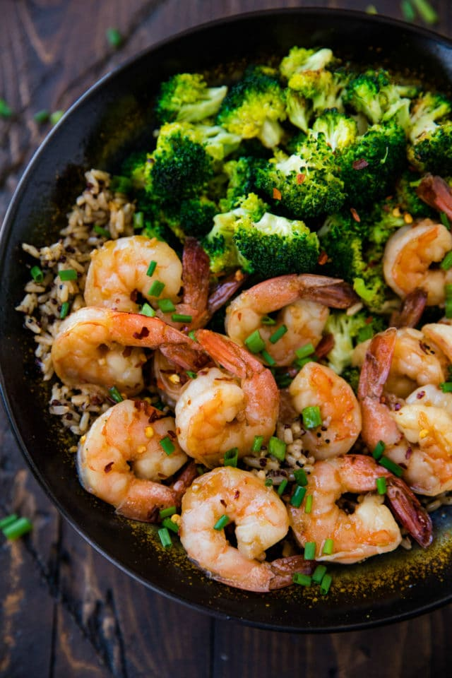 shrimp meal with brown rice and steamed broccoli