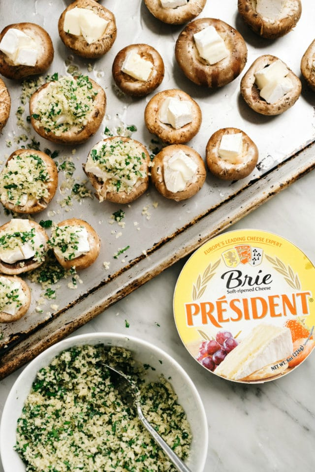 how to make stuffed mushrooms with brie and breadcrumbs