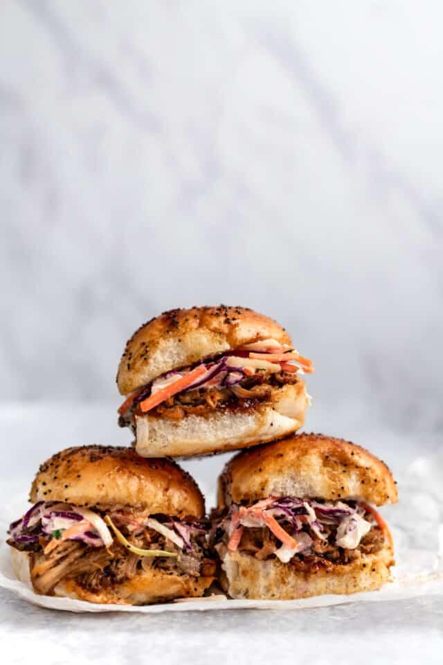 Easy Pulled Pork Sliders Kim S Cravings