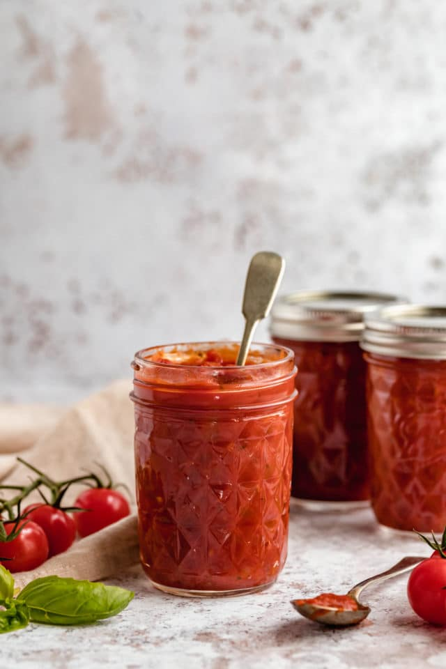 storing homemade marinara sauce in small mason jar
