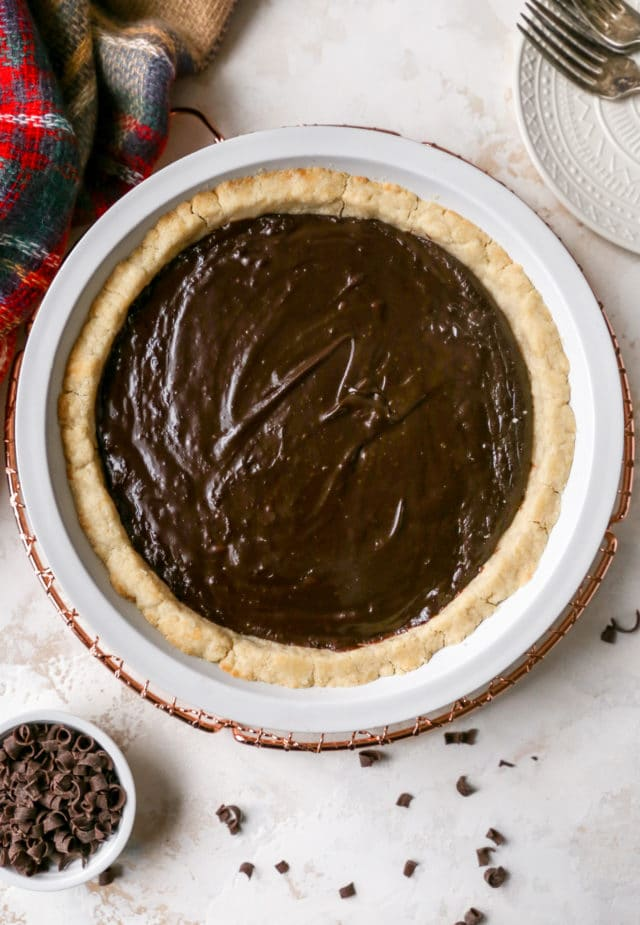 chocolate filling in an easy pie crust