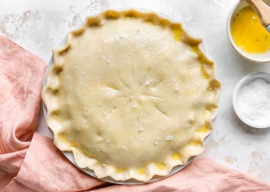 using refrigerated pie crust to make chicken pot pie