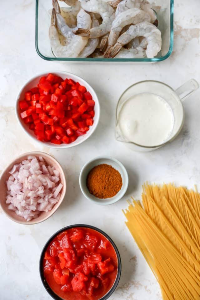 ingredients to make a cajun pasta with shrimp