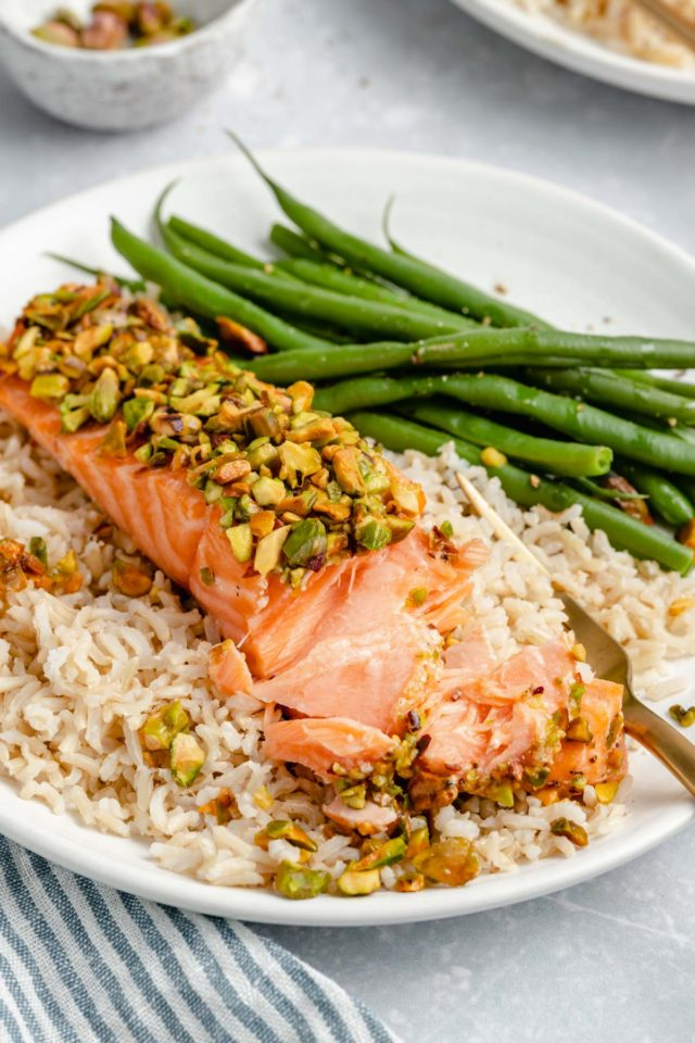flaked salmon topped with chopped pistachios